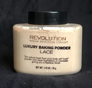 Photo of Luxury Baking Powder in Lace from Makeup Revolution