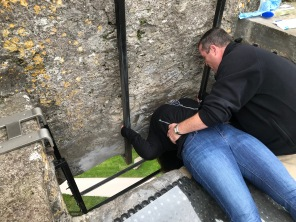 Photographic proof that I kissed the stone