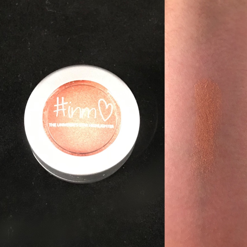 "Photo of Universe's Star Highlighter in ""Twilight"" from Inmo Beauty"